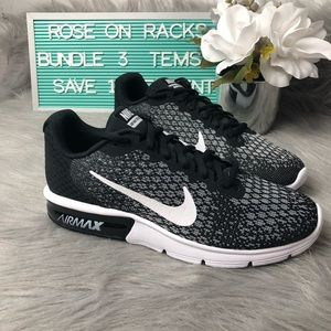 Nike Air Max Sequent 2 Black/White New In Box